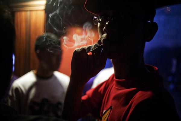 Birmanie, Hip Hop Underground, Rock - Page 2 Rangoon_hip-hop_015
